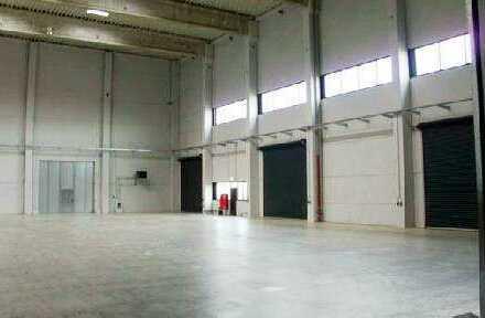 Logistikhallen mit Büroflächen - HR 3910