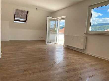 Schöne 3 Zimmer Wohnung mit grosser Dachterrasse