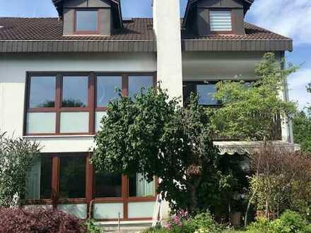 Großzügige, helle 2-Zimmer-Wohnung in Fürstenfeldbruck