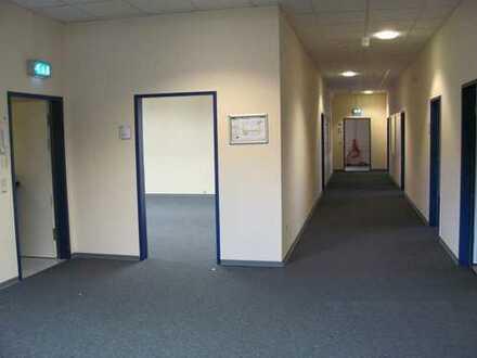 Bezugsfertige Büroräume incl. 100MB EDV-Verkabelung und Einbauküche