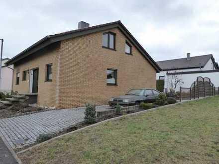 Schönes Haus mit fünf Zimmern in Ludwigsburg (Kreis), Sersheim