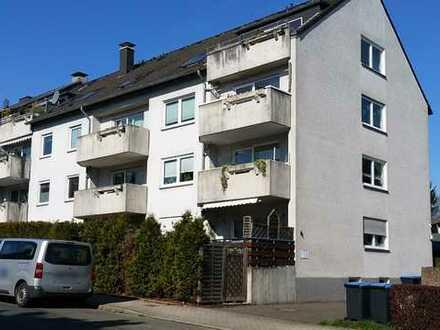 Hattingen-Baak: Erdgeschoßwohnung mit kleinem Gärtchen...