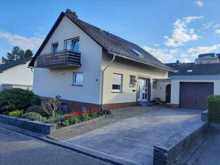 Schönes helles freistehendes Haus mit sechs Zimmern in Rhein-Hunsrück-Kreis, Simmern/Hunsrück