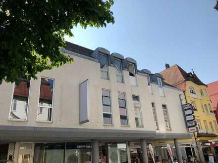 Sehr schöne 3-Zimmerwohnung mit 106 m² Wohnfläche im Zentrum von Heidenheim zu vermieten.