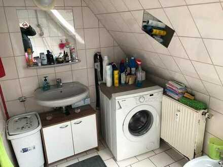 Gepflegte 3-Zimmer-Wohnung mit Einbauküche im Zentrum von Bietiheim-Bissingen