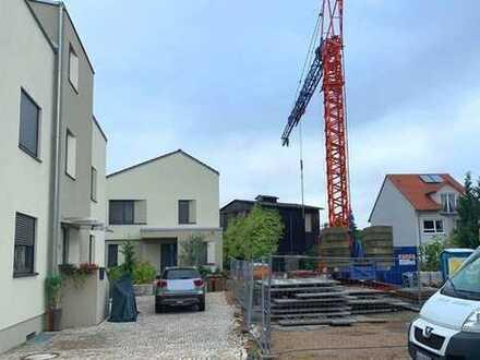 Neubau: Tolles Zweifamilienhaus in Toplage von Leimen-St. Ilgen