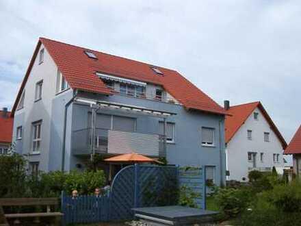 Altdorf: Neuwertige 4 Zi.-Eigentumswohnung mit Südbalkon in attraktiver Wohnlage
