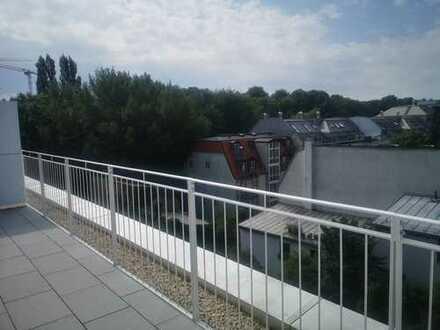 Erstbezug mit Einbauküche und Terrasse: schöne 3-Zi-Terrassenwohnung in Falkenstrasse, München-Au
