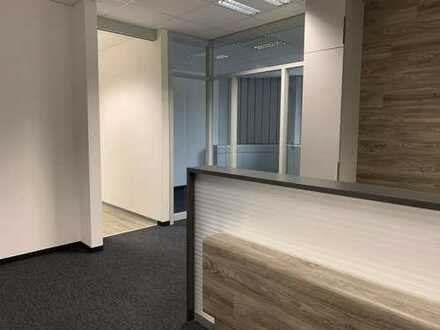 Moderne Geschäfts-Büroräume / Praxis direkt am Aschaffenburger HBF zu vermieten.