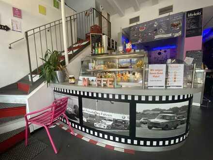 Modern eingerichtetes Café nähe Königsallee!