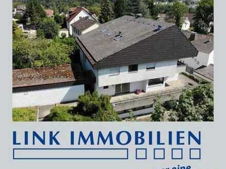 S-Schönberg: Generationenhaus (MFH) mit Schwimmbad und 5 Garagen