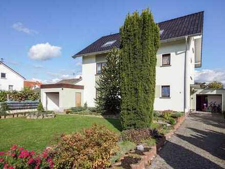 Freistehendes Einfamilienhaus mit eindrucksvollem Garten!