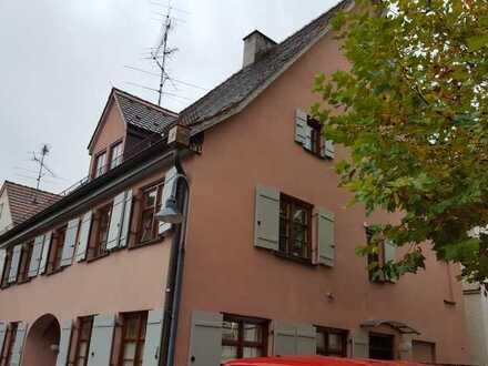 Weißenhorn Altstadt - 2- Zimmer -Dachgeschoß-Wohnung