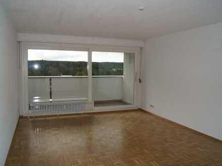 Sehr schöne 3 Zimmerwohnung in zentraler Lage