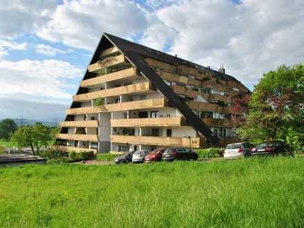 Ein Balkon-Traum! Schöne, geräumige drei Zimmer Wohnung in Freiburg Tiengen