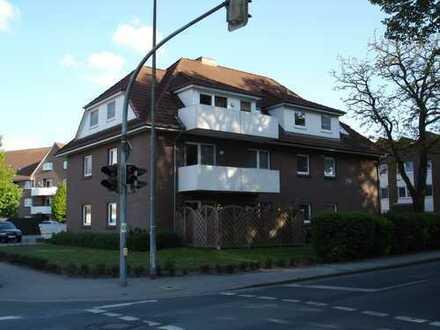 Gepflegte 2,5-Zimmer-Wohnung mit Balkon und EBK in Ganderkesee