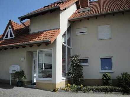 2-Zi.-Wohnung in Neustadt-Gimmeldingen mit herrlichem Blick in die Rheinebene