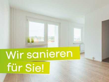 **Wir sanieren für Sie! Kleine 2-Raum-Wohnung im Dachgeschoss ab Juni 2020**