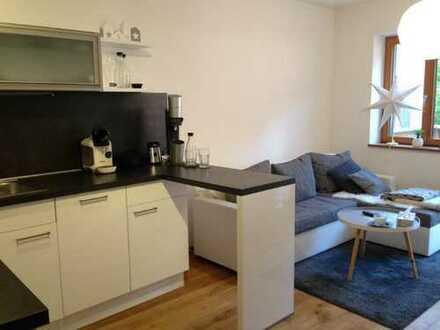Neuwertige 2-Zimmer-Wohnung mit Balkon und Einbauküche in Schrobenhausen