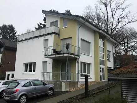 Neuwertige 3-Zimmer-EG Wohnung mit Balkon und Terrasse in Rösrath
