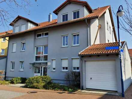 Wunderschöne 2 Zimmer-Dachgeschosswohnung mit Balkon