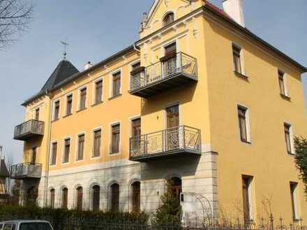 5-Zimmer-Wohnung in Laubegast mit großem Garten und Kaminanschluss