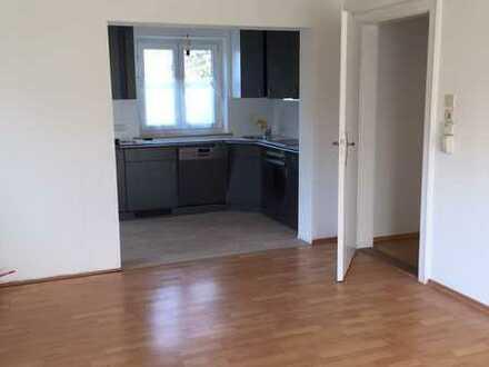 2-Zimmer-EG-Wohnung mit zwei Terrassen & Gartenanteil in Lenting