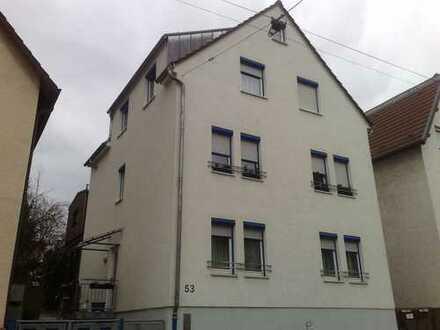 Stuttgart-Zuffenhausen Mehrfamilienhaus mit 3 Wohnungen