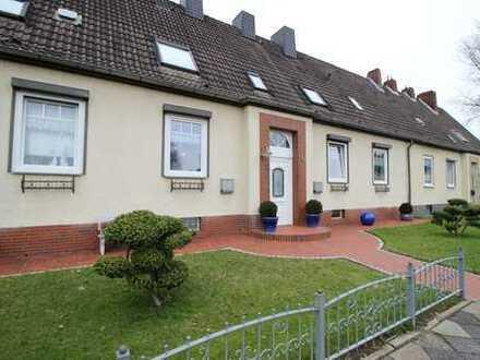 Zweifamilienhaus mit Ausbaureserve, potenzielles Dreifamilienhaus