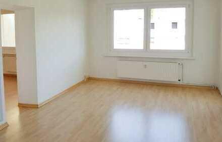 Familien Willkommen - 4-Raum-Wohnung mit Balkon zu vermieten