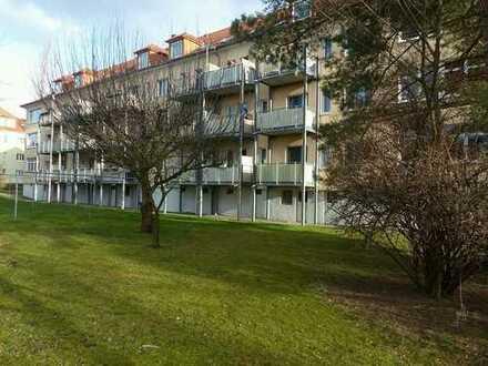 JNM: 4.788,00 Euro. Großzügig geschnittene 2-Zimmer-Eigentumswohnung in Dresden-Seidnitz.