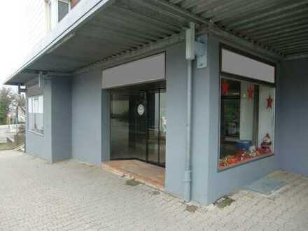 Büro- / Verkaufsraum mit Schaufensterfront inmitten einer Wohnsiedlung auf dem Sonnenhof