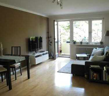 Schöne zwei Zimmer Wohnung mit Balkon und TG-Platz in München, Berg am Laim