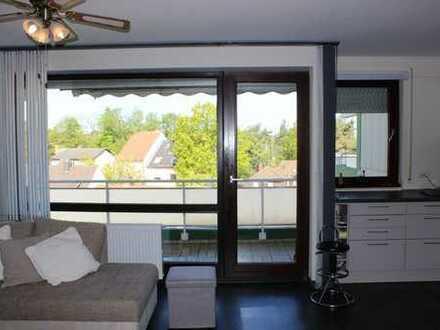 Modernisierte und gepflegte 2-Zimmerwohnung mit Balkon und Tiefgaragenstellplatz in beliebter Lage!