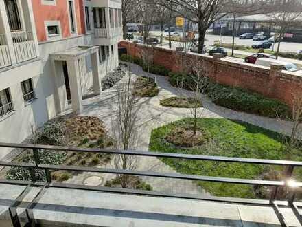 Stilvolle, neuwertige 2-Zimmer-Wohnung mit Balkon und Einbauküche nahe Hauptbahnhof