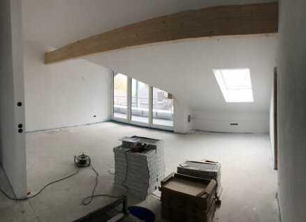 Erstbezug: Dachgeschoss mit Blick zum Wendelstein