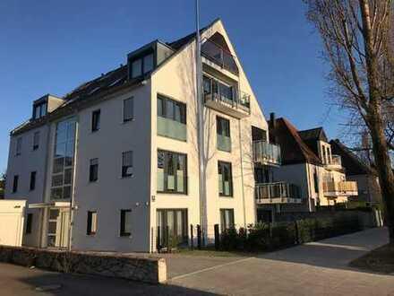Leben / Arbeiten Nähe Olympiapark und BMW / Erdgeschosswohnung mit Terasse, Garten und Souterrain