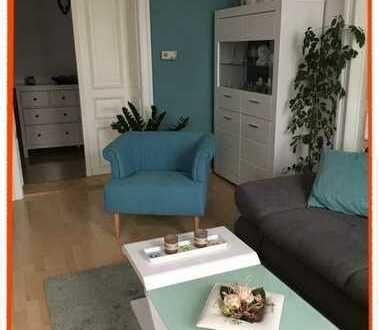 Hochwertige 4-Zi. Wohnung mit BALKON, Stuckdecken und vielen schönen Details