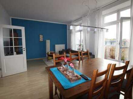 Stilvolle, kernsanierte 3-Zimmer-Wohnung mit Südbalkon, Nähe Südstadtpark