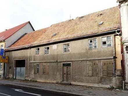 Liebhaberobjekt bestehend aus Wohnhaus, Torhaus und Scheune mitten in Fehrbellin