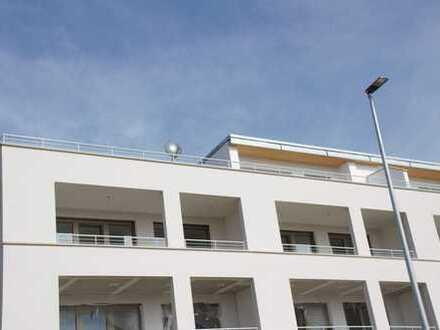 Erstbezug: Schöne 3,5-Zimmer-Dachgeschosswohnung mit großem Südbalkon