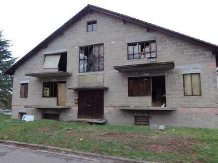 Mehrfamilienhaus im Rohbau, Interessant als Renditeobjekt für Bauträger in Münchweiler an der Alsenz