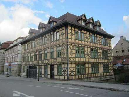 ZWANGSVERSTEIGERUNG - 3-Raum-Eigentumswohnung in wunderschönem, sanierten Fachwerkhaus (Alte Mühle)