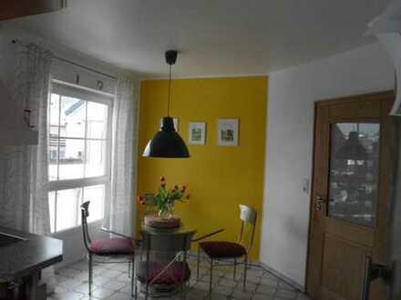 Gepflegte 5-Zimmer-Wohnung mit Balkon und Terrasse in Siershahn