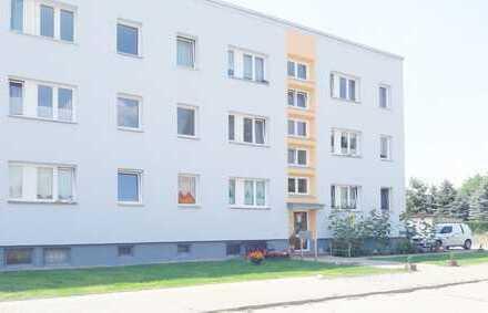Bild_hübsch sanierte 3 Zimmer Wohnungen mit Balkon ab 57 qm im schönen Lehnin freuen sich auf neue Mieter