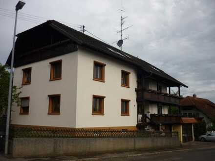 Schöne 5 Zimmer Wohnung 131m² mit Kaminofen