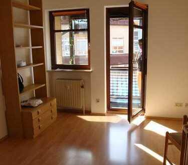 1 Zimmer City Wohnung mit Balkon, nahe Rotmaincenter