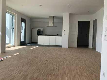 Erstbezug: helle, moderne 4,5-Zimmer-Stadtwohnung mit Einbauküche in Herrenberg