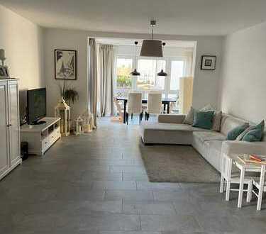 Gepflegte 3,5-Zimmer-EG-Wohnung mit Balkon und EBK in Seeheim-Jugenheim