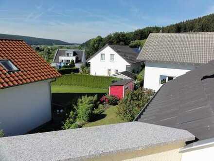 Voll möblierte geräumige, stilvoll eingerichtete 2.5 Zi. Wohnung in Tuttlingen mit Terrasse/Garten